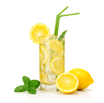 Citrus-and-mint-flavored-drink