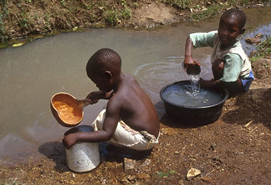 Children-dirty-water_jpg